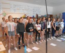 Kinderen zingen in koor