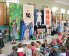 toneeltje voor kinderen
